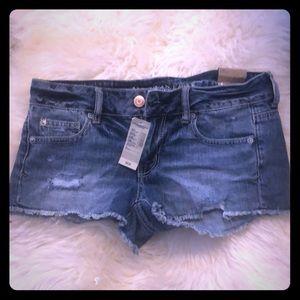 American Eagle Shortie Shorts (Size 4) - BNWT!